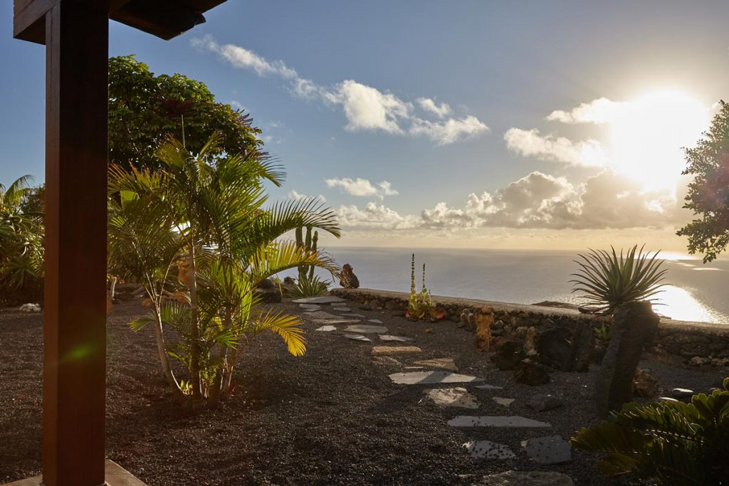 Casa rural Los Mangos on La Palma - sea view from the jacuzzi at sunset