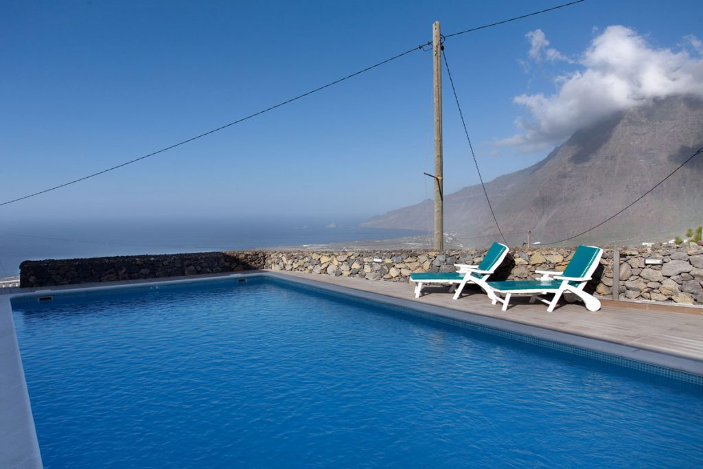 holiday villa with pool on El Hierro